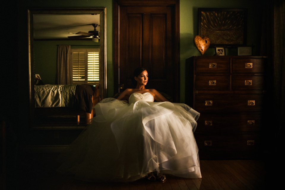 bride portrait in bedroom