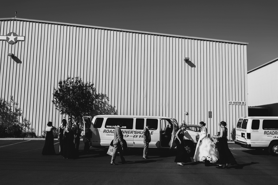 wedding party arrive at camarillo airport wedding
