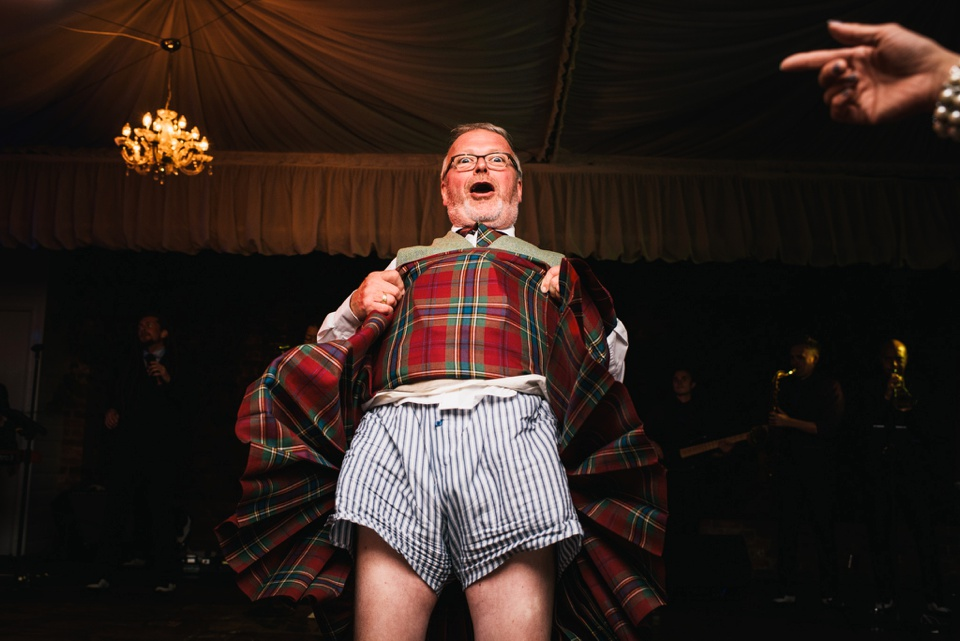 hilarious kilt lift on dance floor