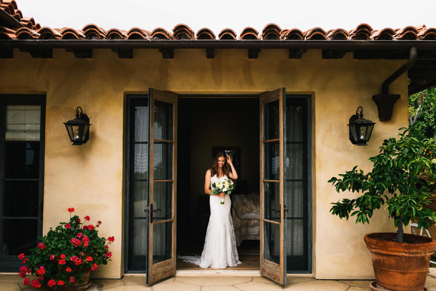 montecito bride gets ready in her childhood bedroom - montecito wedding photography